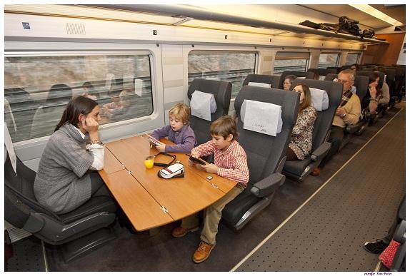 renfe estrena oferta para los viajes de familias y grupos
