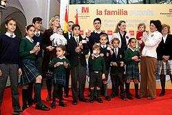 Autobuses y metro de madrid niegan el descuento a las for Oficina familia numerosa madrid
