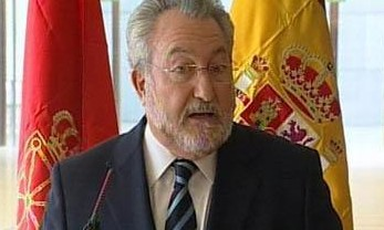 El ministro Soria empeñado en apoyar cualquier acción contraria al orden natural y la familia